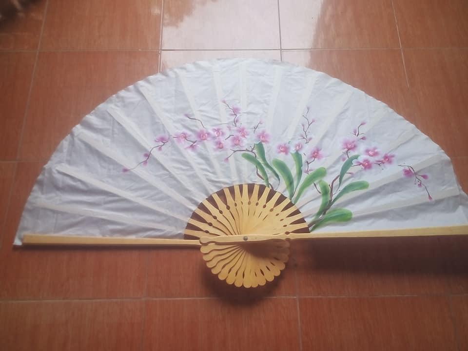 Tranh quạt hoa lan